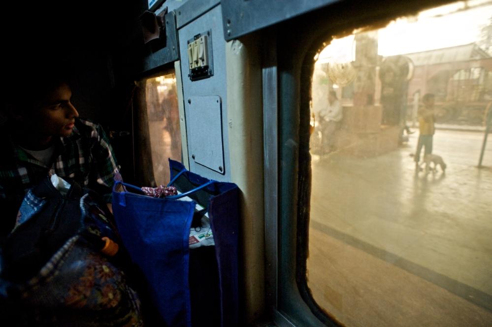 New Delhi to Varanasi on the Swatantrata S Express (Train No. 12562) (1/6)