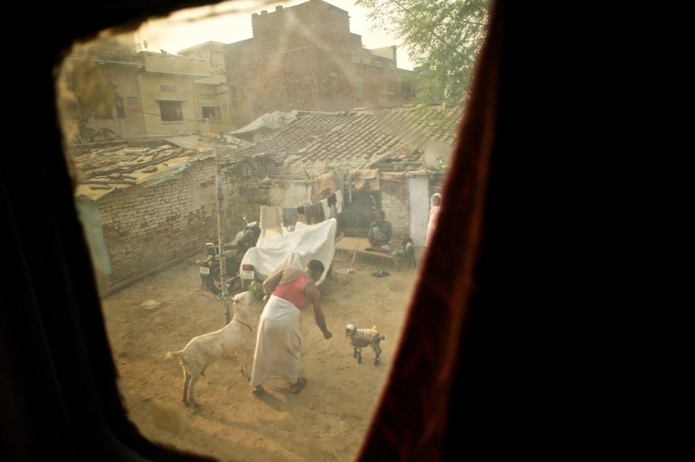 New Delhi to Varanasi on the Swatantrata S Express (Train No. 12562) (3/6)