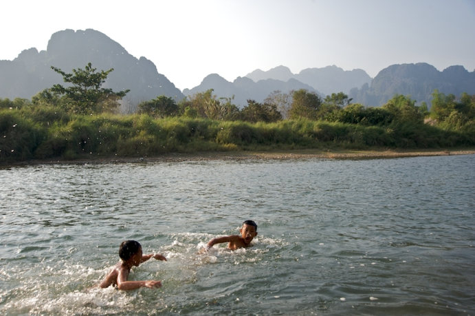 Kids playing the Nam Song River